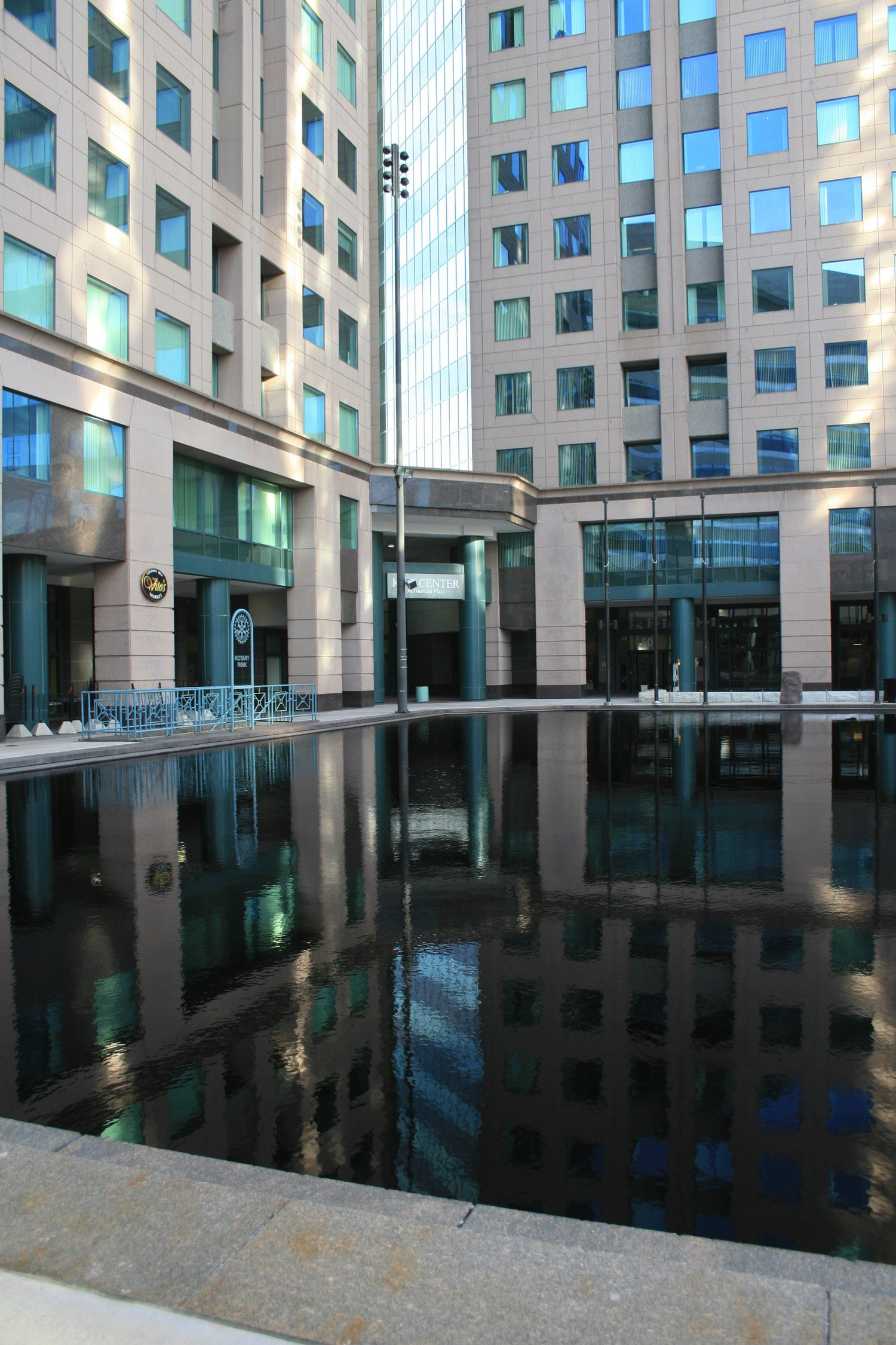 Fountain-Plaza_Buffalo-NY-2