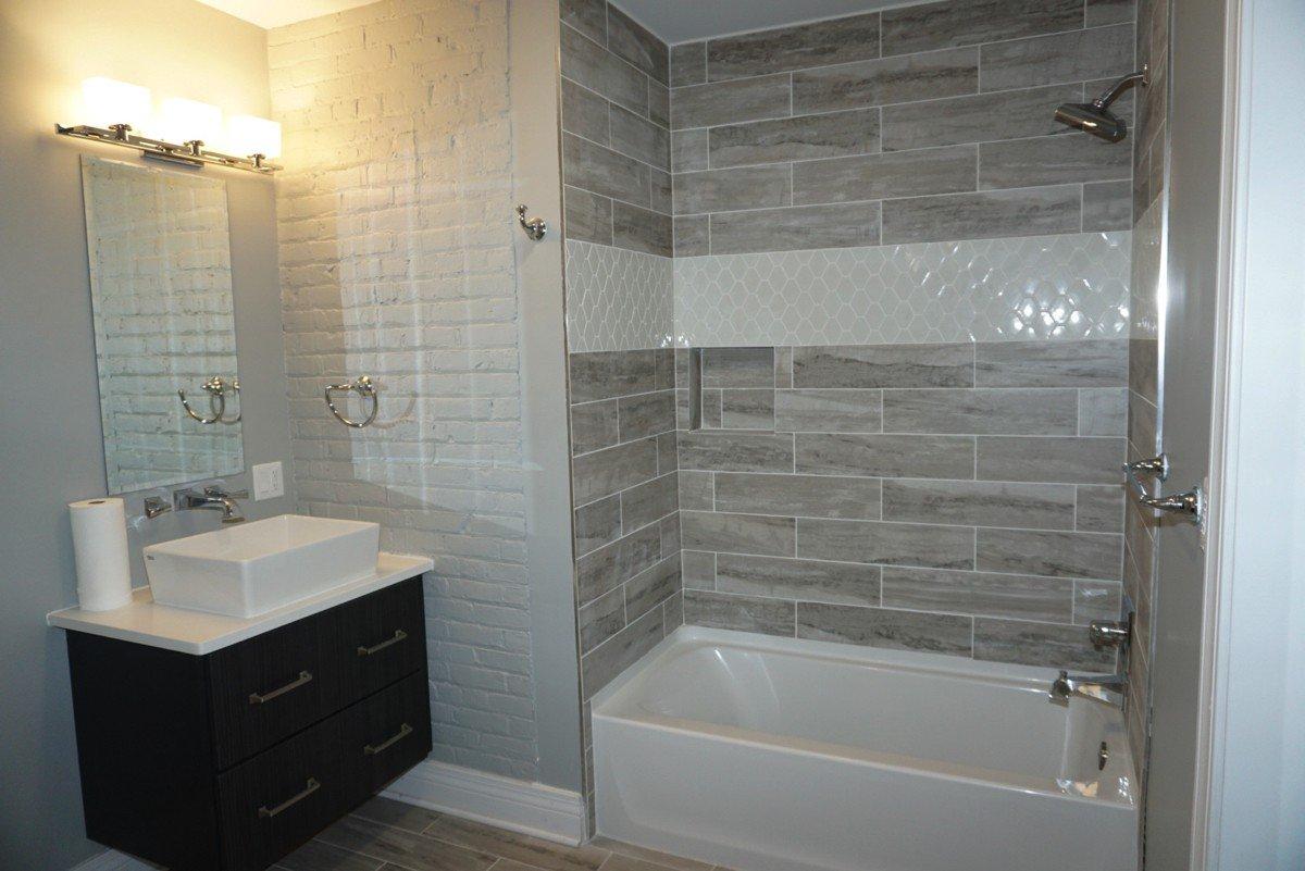 The Alexandre - bathroom (bath)