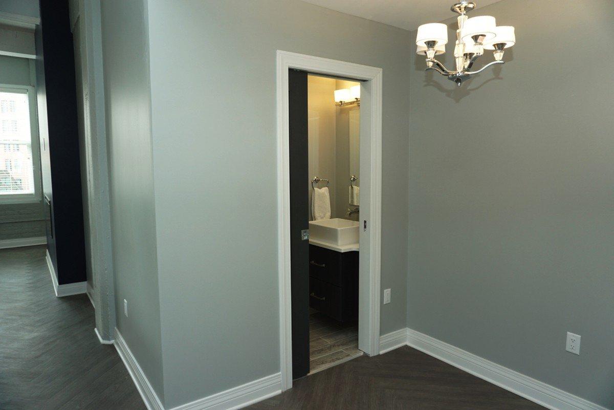 The Alexandre - bathroom entrance