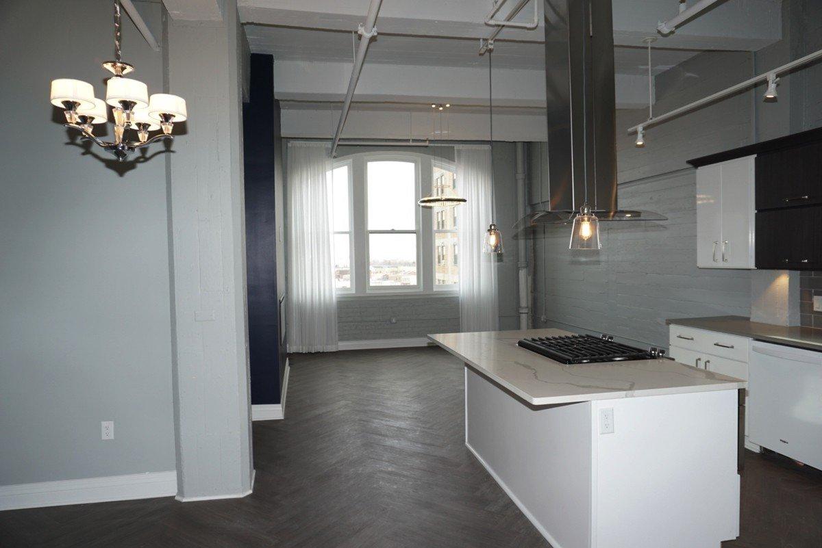 The Alexandre - kitchen island